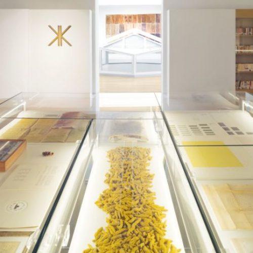 2-Renata-Boero-Premio-alla-Carriera-Bice-Bugatti-–-Giovanni-Segantini-Installation-view-Renata-Boero-Kromo-–-Kronos-Museo-del-Novecento.-Ph.-Anna-Positano-1200x800-696x464